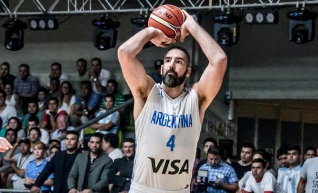 Σκόλα: «Πολύ θετικά για το μπάσκετ τα παράθυρα, κρίμα που συμβαίνει αυτό με την Ευρωλίγκα»