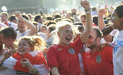 Ετοιμάζουν υποδοχή ηρώων στην Εθνική Αγγλίας (pics)