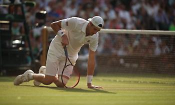 Ξεπέρασε τις 6 ώρες και… συνεχίζεται ο ημιτελικός του Wimbledon!