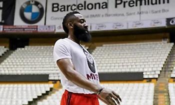 Χάρντεν: Κρατιέται σε… φόρμα στη Βαρκελώνη! (photo)