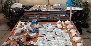 Σε εξέλιξη αστυνομική επιχείρηση για την εξάρθρωση σπείρας ναρκωτικών