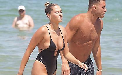 Ο Γκρίφιν με την εντυπωσιακή του σύντροφο στις παραλίες του Μαϊάμι (pics)