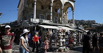 Le Monde: Στην Ελλάδα η μάχη κατά της φοροδιαφυγής άρχισε να δίνει καρπούς