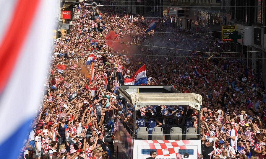 Τρέλα για τους φιναλίστ στην Κροατία! (pics/video)