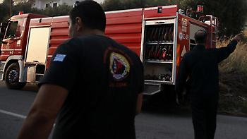 Πυρκαγιά στη Λεωφόρο Μαραθώνος