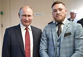 Ο ΜακΓκρέγκορ εκθειάζει τον Πούτιν και ποζάρει μαζί του