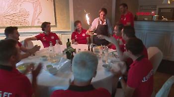 Η έκπληξη στον εορτάζοντα Μαρτίνς και το μήνυμά του για τον νέο Ολυμπιακό (video)
