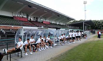 Με μαύρα περιβραχιόνια ο Ολυμπιακός κόντρα στη Σιντ Τρούιντεν