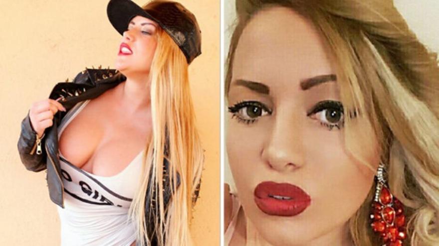 Αδιανόητο: Πέθανε ο πατέρας της και λίγο μετά έβγαζε... ναζιάρικες selfies μπροστά από το πτώμα