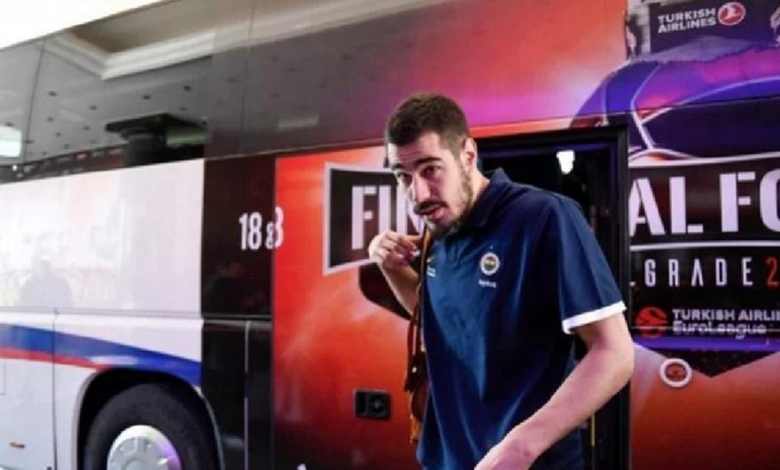 Κάλινιτς: Κράζουν τον Κροάτη ποδοσφαιριστή, την… πλήρωσε ο Σέρβος της Φενέρ! (pic)