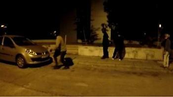 Βίντεο: Επίθεση του «Ρουβίκωνα» με σφυριά και βαριοπούλες στη ΔΟΥ Ψυχικού