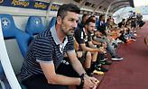 Ο Ουζουνίδης με τους έξι νέους της ΑΕΚ (pic)