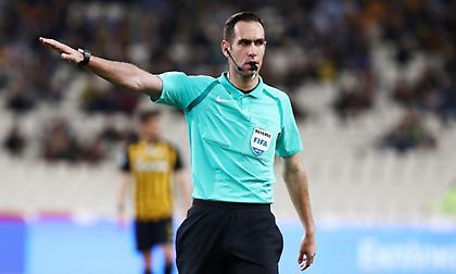 «Σφυρίζει» στο Europa League o Παπαπέτρου