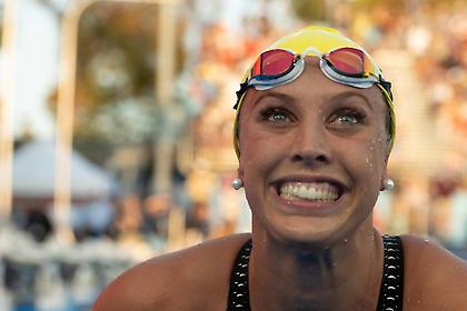 Παγκόσμιο ρεκόρ από τη Μπέικερ στα 100 μέτρα ύπτιο