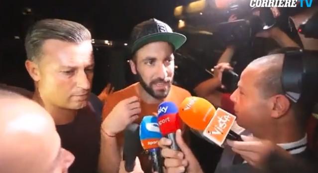 Στο Μιλάνο ο Ιγκουαΐν: «Ο Μπονούτσι με έπεισε για τη Μίλαν» (video)