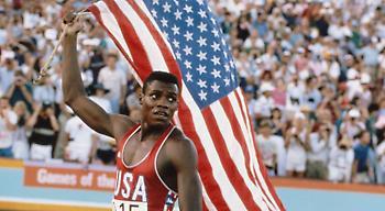 Η ένδοξη καριέρα και τα τέσσερα χρυσά μετάλλια του Καρλ Λιούις το 1984