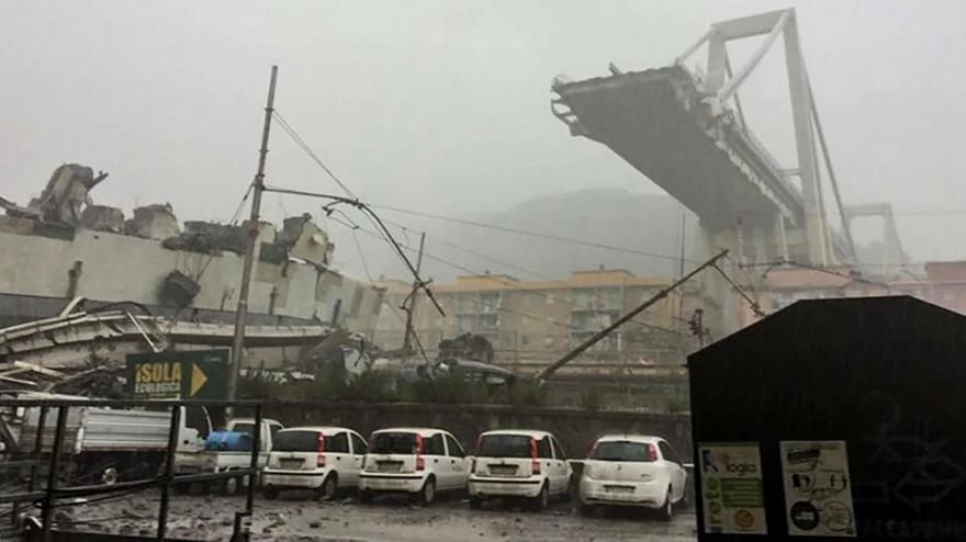 Ιταλία: Τουλάχιστον 11 νεκροί από την κατάρρευση της γέφυρας στη Γένοβα