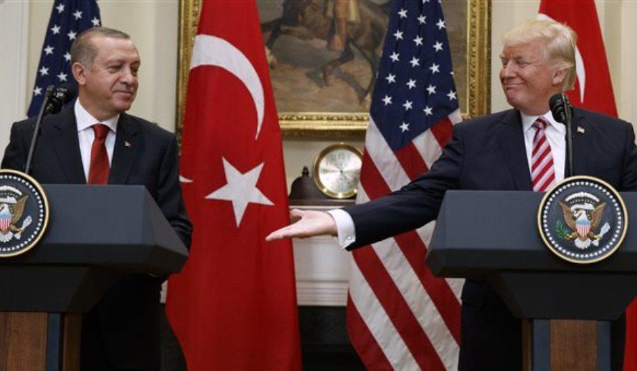 Το παρασκήνιο και ο παράγοντας Τραμπ πριν την αποφυλάκιση των δύο Ελλήνων