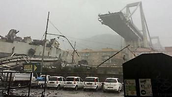 Γένοβα: Πλάνο από ελικόπτερο δείχνει το μέγεθος της τραγωδίας
