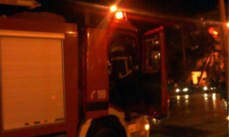 Πυρκαγιά σε ακατοίκητο κτίριο στη Νέα Φιλαδέλφεια
