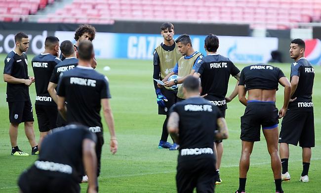 Τσορμπατζόγλου: «Πιο πιθανό να τελειώσει το ματς ο Ουάρντα»