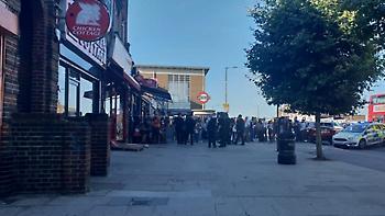 Λονδίνο: Δύο τραυματίες από πυροβολισμούς έξω από σταθμό του μετρό