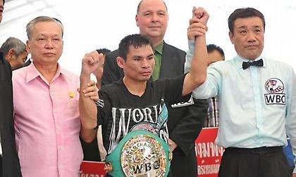 Ένας άσημος Ταϊλανδός απειλεί το ρεκόρ του Μέιγουέδερ!