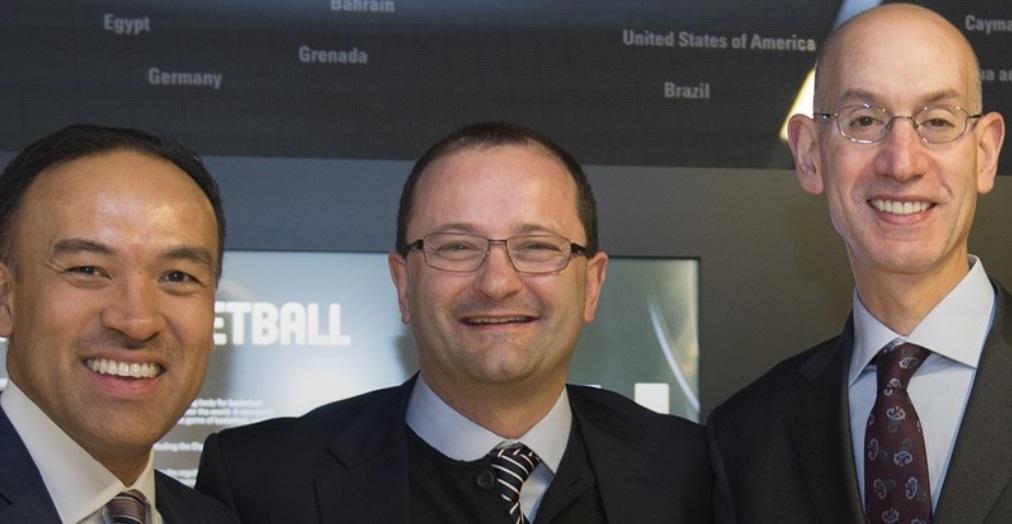 Ο ισχυρός άνδρας του ΝΒΑ ομιλητής στο παγκόσμιο συνέδριο της FIBA