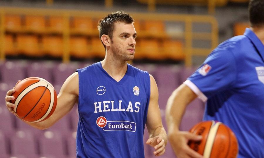 Μάντζαρης: «Η Σερβία θα έρθει για να παίξει 'ξύλο' και να κερδίσει»