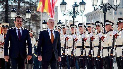 Στην τελική ευθεία για το δημοψήφισμα τα Σκόπια: Η Δύση πιέζει αλλά το «ναι» έχει οριακό προβάδισμα