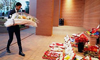 O Αλ Κελαϊφί απέτινε φόρο τιμής στα θύματα του Χίλσμπορο