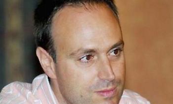 Δημητρόπουλος για Βασιλακόπουλο: «Ανεχόμαστε τις αρλούμπες ενός θεσμικού παράσιτου»