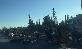Σοβαρό τροχαίο με δύο τραυματίες στην Κηφισίας