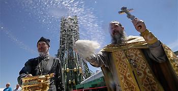 Ρωσική Ορθόδοξη Εκκλησία και Πάπας Φραγκίσκος συμφωνούν: Θείο δώρο το σεξ