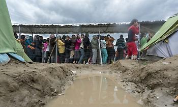 Προσφυγικό: Οι 7 στους 10 Έλληνες τάσσονται υπέρ της υποδοχής προσφύγων