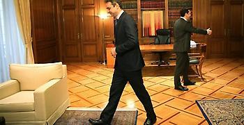 Δημοσκόπηση ΣΚΑΪ: Πρώτη η ΝΔ με 9,5%- Μάτι και Σκόπια «καίνε» την κυβέρνηση