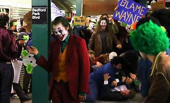 O Joker προκαλεί… εξέγερση στο μετρό της Νέας Υόρκης!