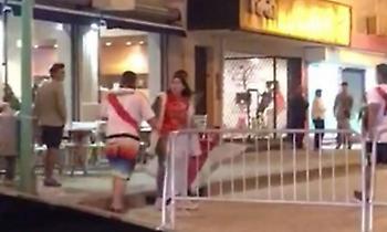Οπαδός της Ρίβερ έριξε γροθιά σε γυναίκα οπαδό… της Ρίβερ! (video)