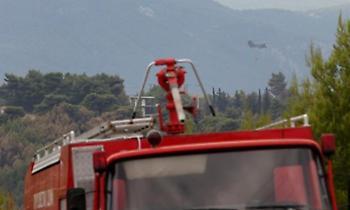 Θεσσαλονίκη: Υπό έλεγχο η φωτιά στην Αγία Τριάδα