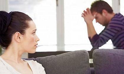 «Αν σε δω με άλλη θα σε σκοτώσω»: Το συμφωνητικό ζευγαριού που έγινε viral