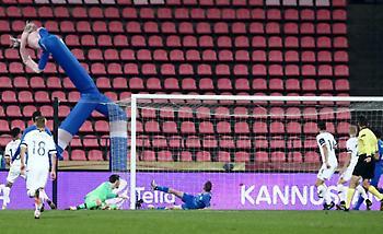 Γκέλα Τζαβέλλα, πλασέ Σόιρι και 1-0 η Φινλανδία (video)