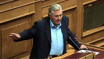 Παπαχριστόπουλος: Θα ψηφίσω τη συμφωνία των Πρεσπών και θα παραδώσω την έδρα μου