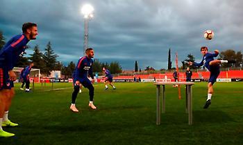 Ποδοσφαιρικό... πινγκ-πονγκ στην προπόνηση της Ατλέτικο! (video)
