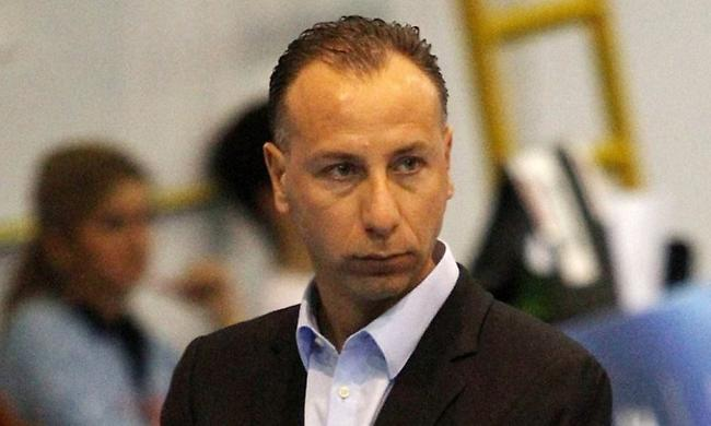 Τέλος ο Ζαλμάς, αναλαμβάνει ο Παβλίτσεβιτς