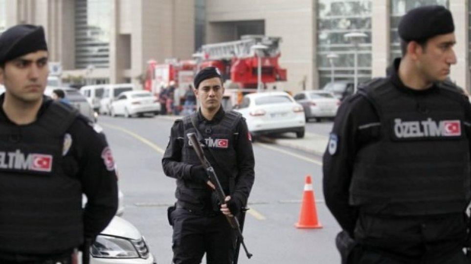 Συναγερμός στην Κωνσταντινούπολη: Πυροβολισμοί και τουλάχιστον ένας τραυματίας