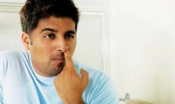 Σκάλισμα μύτης: Η κακιά συνήθεια που μπορεί να προκαλέσει ακόμη και θάνατο