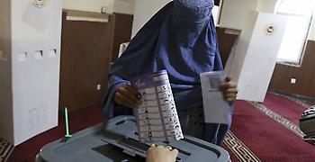 Δεκάδες νεκροί και μεγάλη οργή στις εκλογές στο Αφγανιστάν