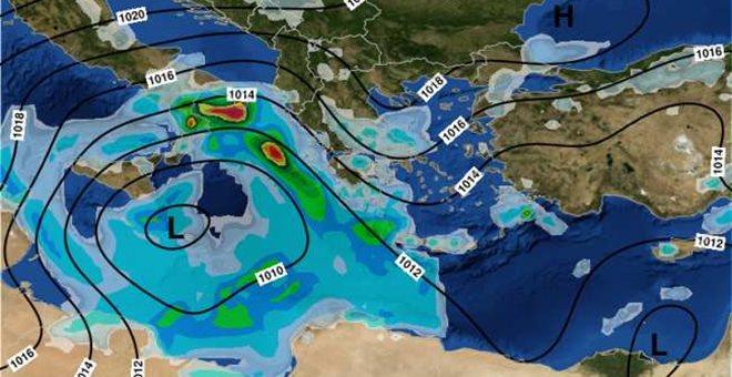 Πιο νότια και δυτικά κινείται ο Ορέστης: Νεότερη πρόγνωση του καιρού
