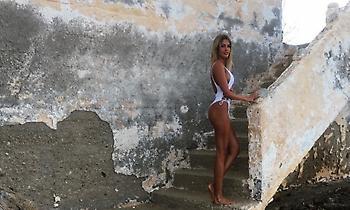 Η πρώην σύντροφος του Βέλλιου είναι η πιο καυτή Ελληνίδα γιατρός (pics)