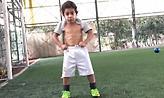 Παιδί θαύμα: Ο 5χρονος «μάγος» από το Ιράν που «μιλάει» στην μπάλα
